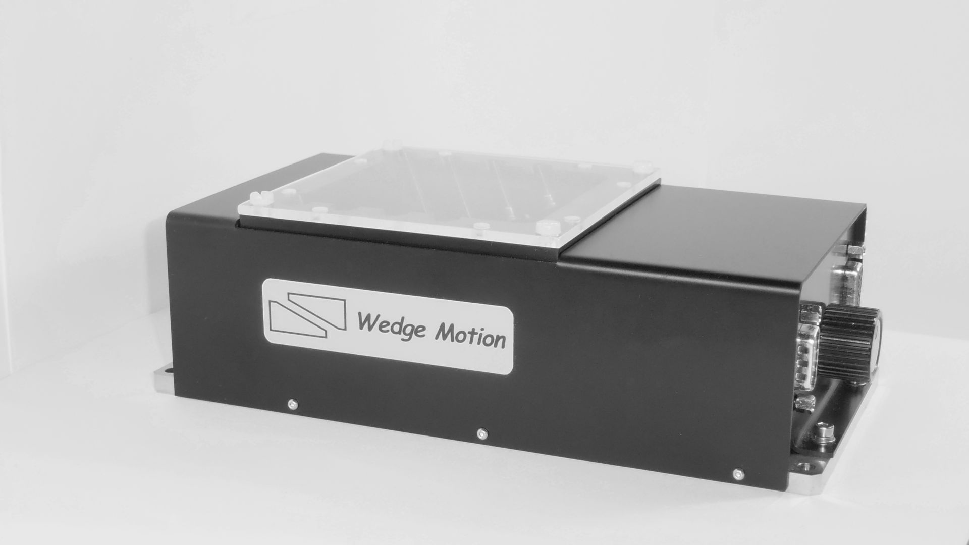 Motorized precision Z stage by Wedge Motion